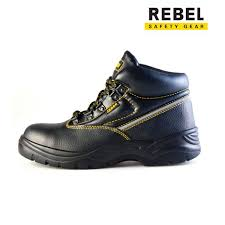 Bota Rebel Chukka Black